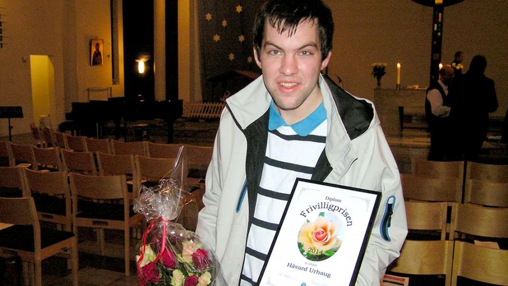 Håvard Urhaug har fått Fjell kommunes frivillighetspris for sin innsats for barne- og ungdomsarbeidet. Foto: Privat